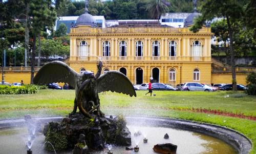 Câmara Municipal de Petrópolis realiza sessão virtual