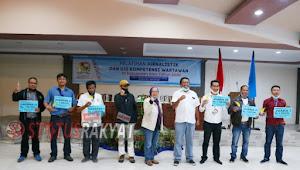 Wartawan Statusrakyat Raih Tropi  Lomba Karya Tulis Tingkat Kabupaten