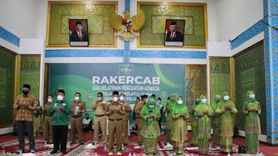 Bupati Harris Harapkan Muslimat NU Prioritaskan Program Kerja Pembangunan SDM Generasi Emas Pelalawan Kedepan