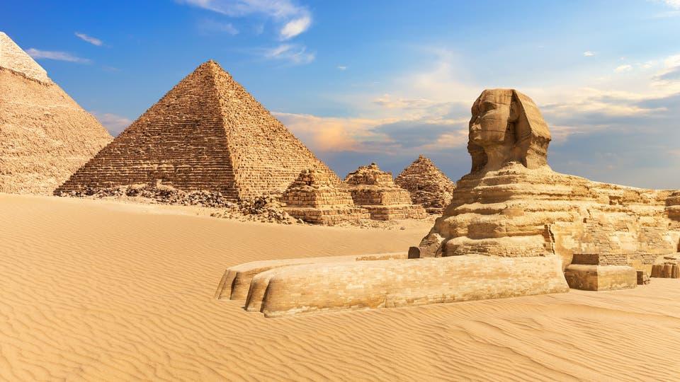 بعد تغريدة غريبة عن الأهرامات.. مصر لإيلون ماسك: ننتظرك