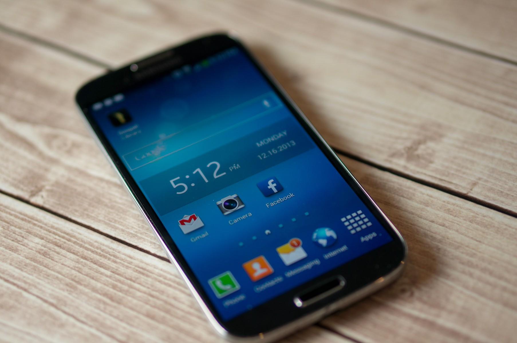 3 Ways to Solve Samsung Galaxy S4 Warning Camera Error