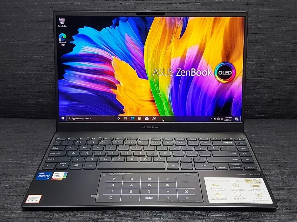 ASUS ZenBook 13 OLED UX325 Review; A Splash of Colors