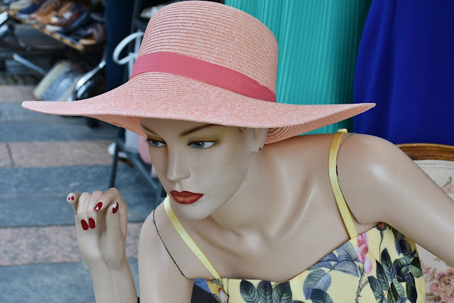 How Fashion and Style adorn your Personality - Guest Post by Rachel Stinson