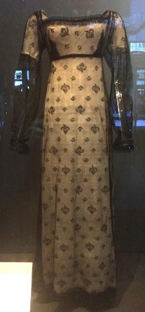 Fun Historical Costumes from National Museums in Edinburgh and Dublin