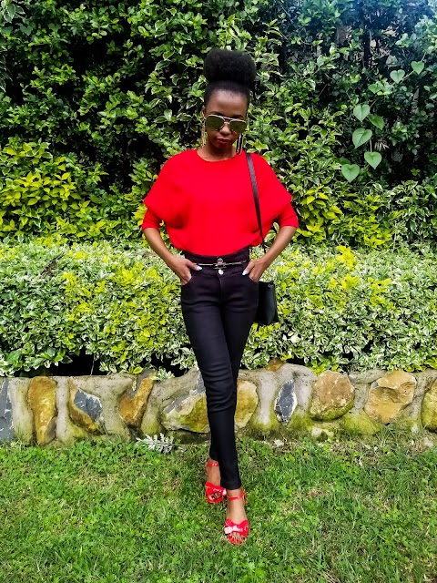 Styling Jeggings With A Red Oversize Sweater