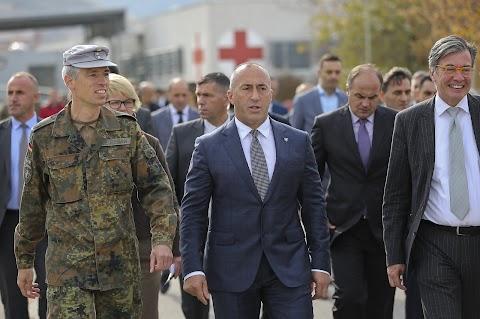 Ramush Haradinaj ismét indul a miniszterelnöki posztért, ha nem emelnek ellene vádat