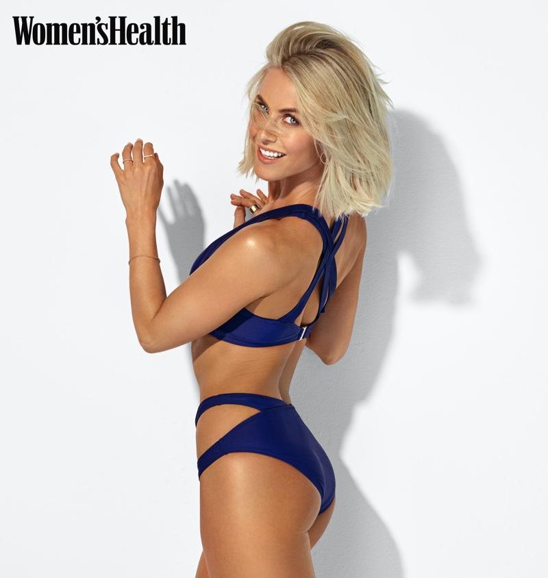 Showing off her figure, Julianne Hough wears Perfect Moment bikini.
