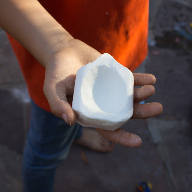 how to carve an ivory soap boat with kids- such a fun and affordable craft that will keep kids of all ages engaged!