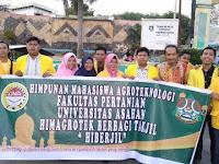 Himagrotek Faperta UNA Berbagi Takjil di Inti Kota Kisaran