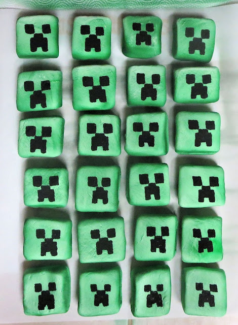 Minecraft Creeper Marshmallows