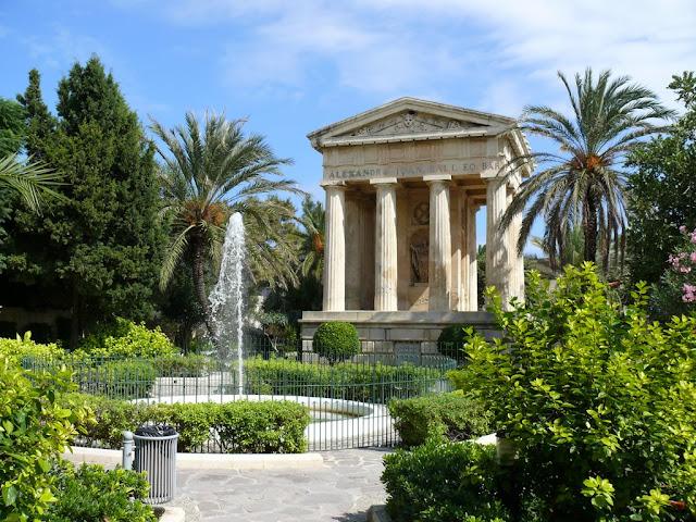 Baracca garden is always very peaceful in Malta