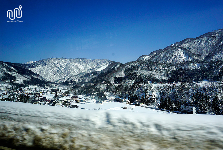 ภาพระหว่างทางไป  หมู่บ้านชิราคาวาโกะ (Shirakawa-go)