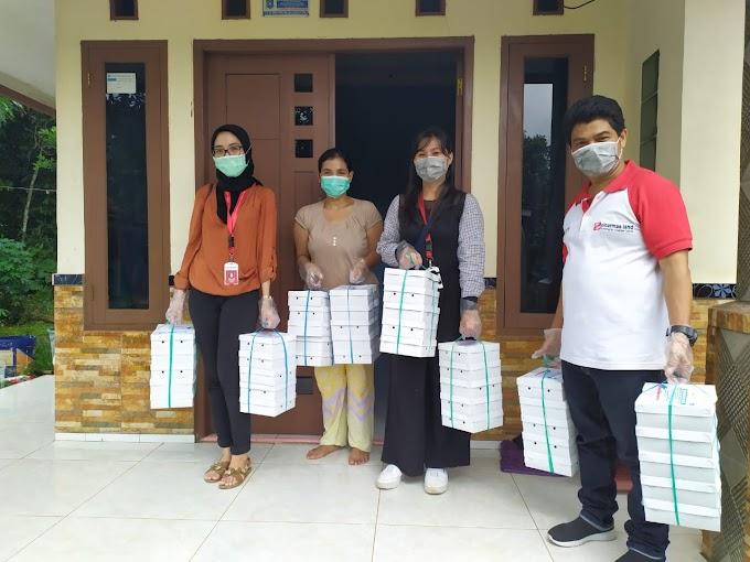 Sinar Mas Land Bagikan 1,000 Nasi Kotak Setiap Minggu Bagi Pekerja Harian Terdampak Covid-19