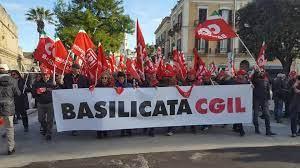 """TPL, Cgil Cisl Uil alla Regione: """"Non più rinviabile una riforma strutturale del settore, si rischia ingovernabilità"""""""