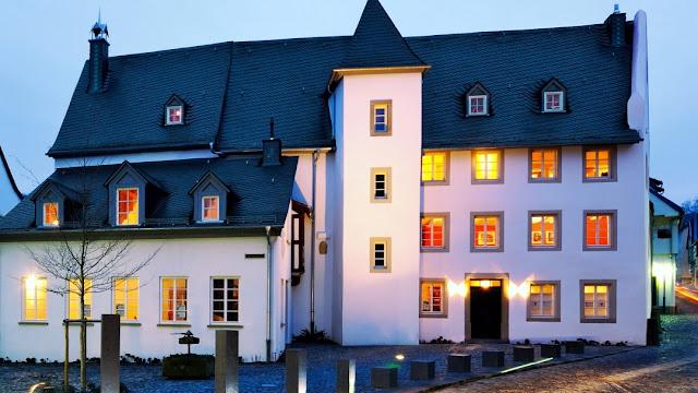 Boos von Waldeckscher Hof in Meisenheim am Glan.