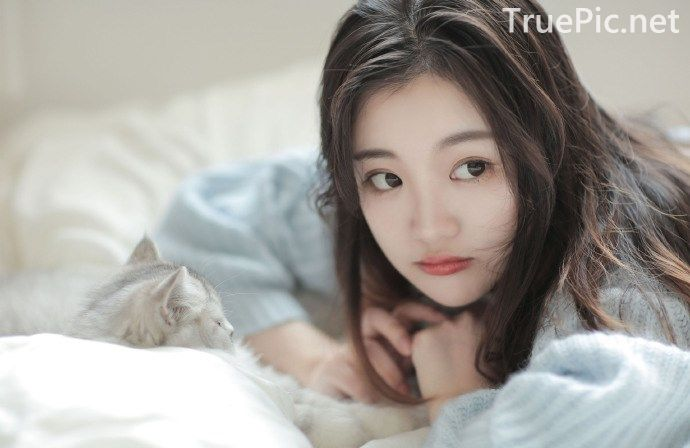 Chinese cute model - The Beautiful Lazy Cat