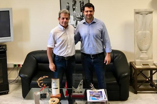 Συνάντηση με τον Γ.Γ Αθλητισμού κ. Συναδινό για τις αθλητικές υποδομές του Ν. Θεσπρωτίας
