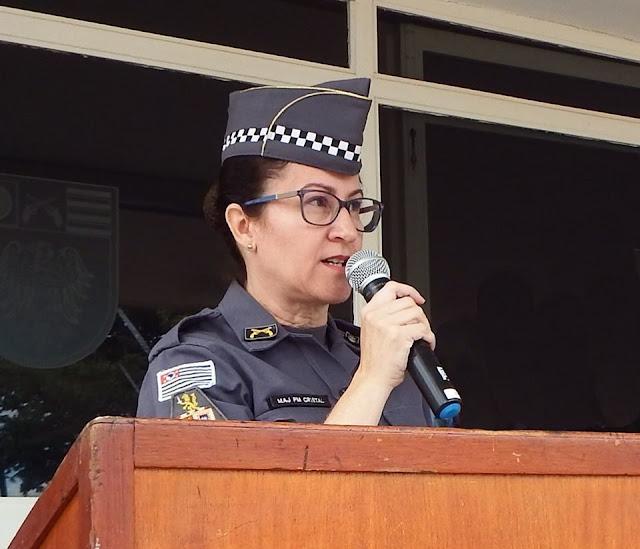 Comandante da PM afasta policial após ele apreender carro de vereadora
