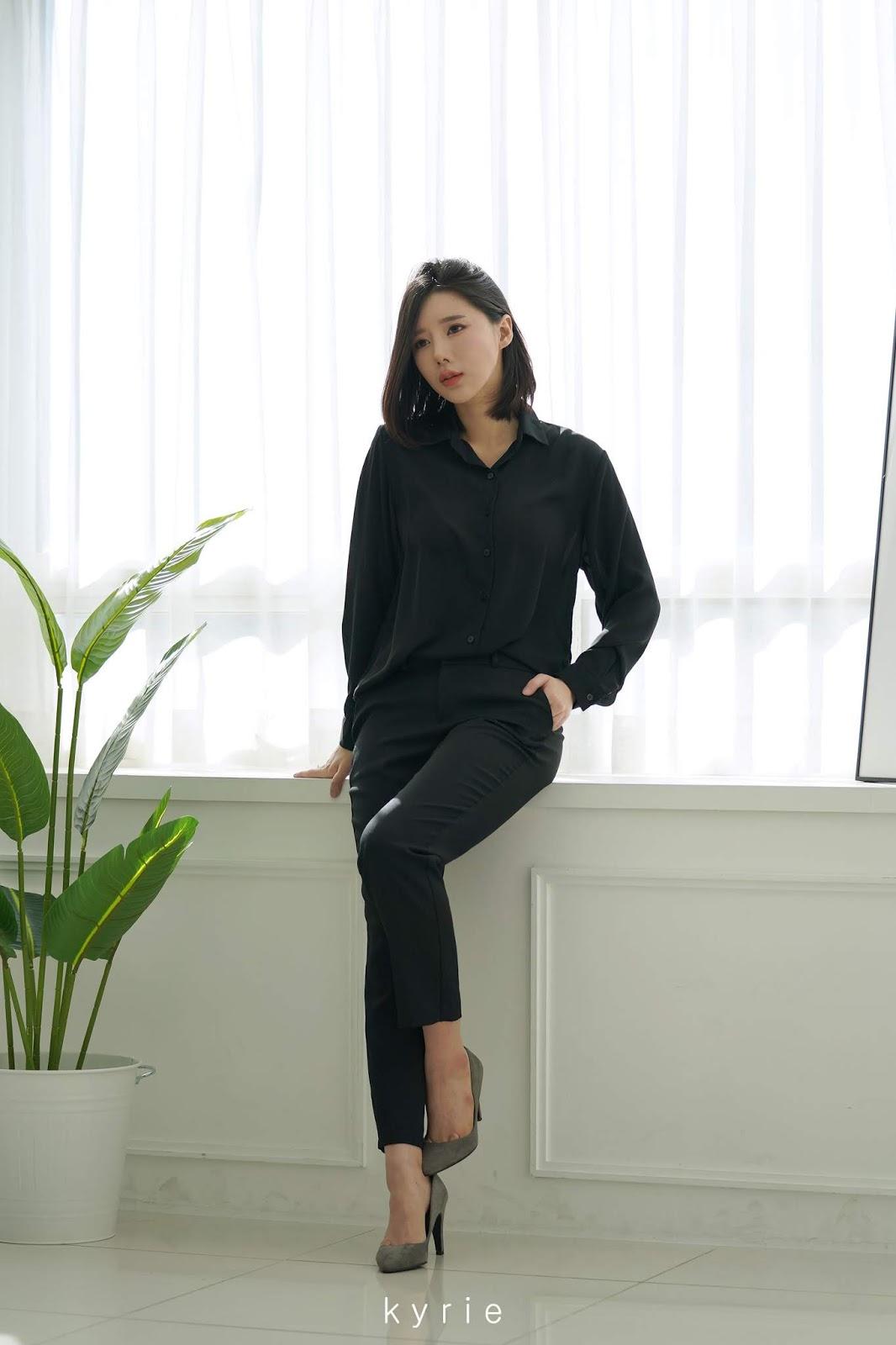 Korean racing queen - Song Ju Ah - Studio Photoshoot - Picture 8