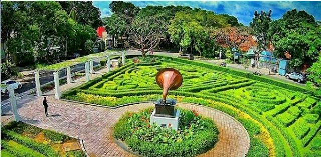 20 Tempat Wisata Malang Kota Terbaru Terfavorit Anti Mainstream  Taman Tjerme