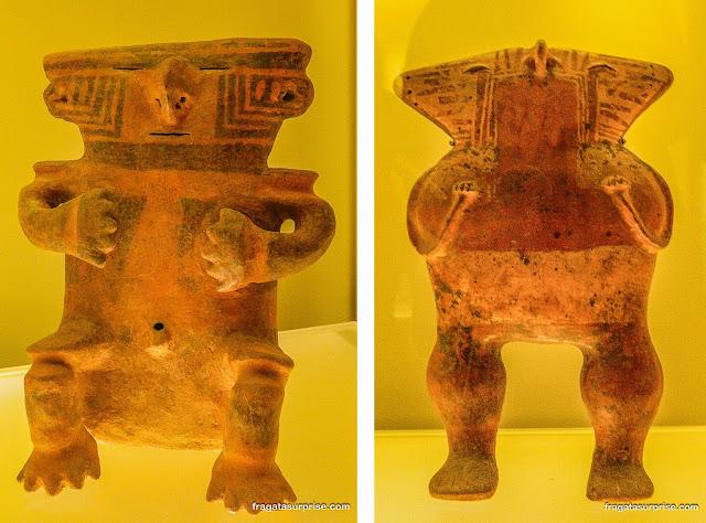Esculturas em cerâmica da cultura Quimbayá, Museu do Ouro de Bogotá