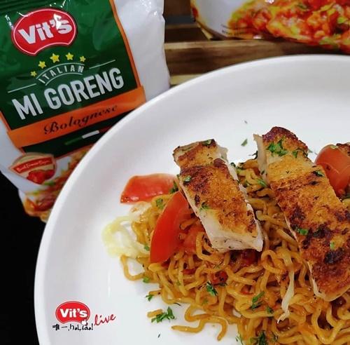 Vit's Italian Mi Goreng Bolognese