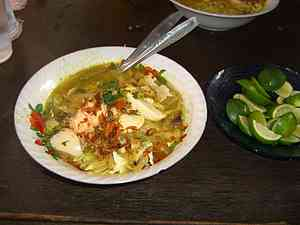 Resep membuat soto ayam ambengan, cara membuat soto ayam ambengan khas Surabaya