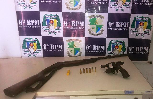 Homem é preso pela PM acusado de posse irregular de arma de fogo em Araguatins