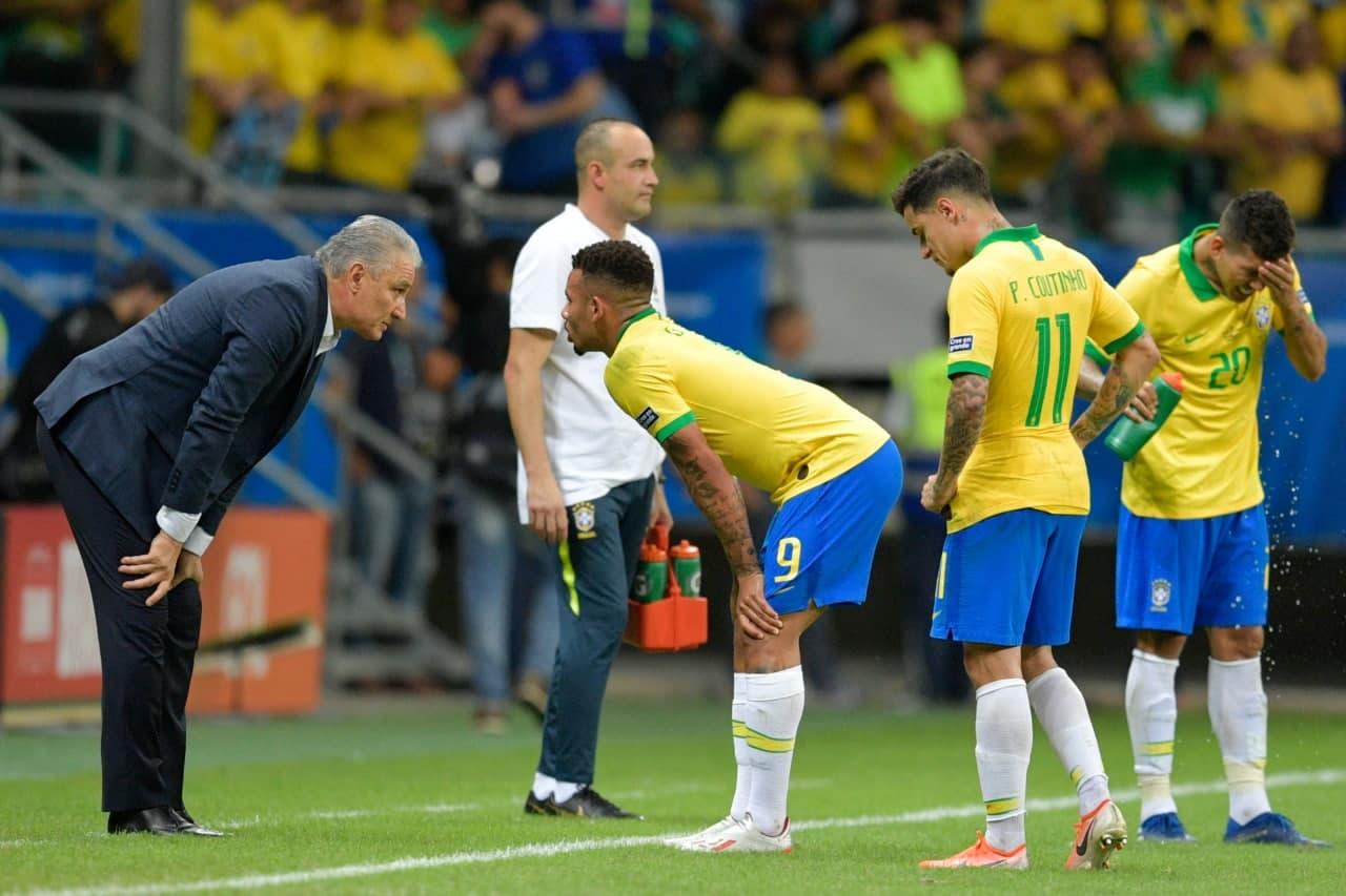 الموعد والقنوات الناقلة لمباراة البرازيل ضد الإكوادور في تصفيات كأس العالم قطر 2022 - أمريكا الجنوبية