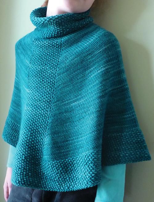 Caploncho - Free Knitting Pattern