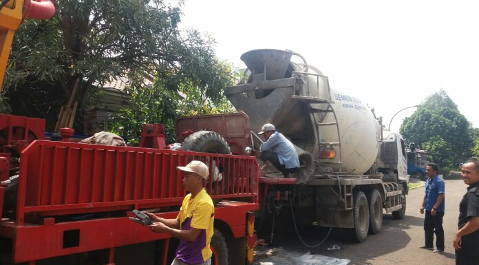 sewa pompa beton di Jakara, Bogor, Bekasi, Depok, Tangerang, Cikarang, Karawang