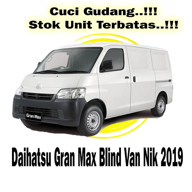 daihatsu gran max blind van