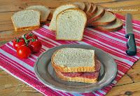 Ψωμί του τοστ με φυσικό προζύμι - by https://syntages-faghtwn.blogspot.gr