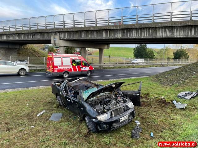 Accidente en la Ruta 5 Sur deja a una madre y su hijo lesionados