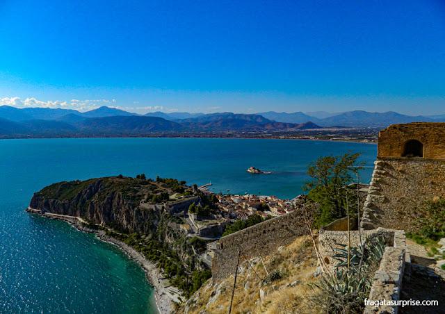 Nafplio, Grécia, vista das muralhas da Fortaleza de Palamidi