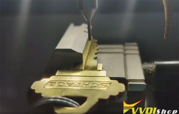 dolphin-xp005-cut-sc1-key-2