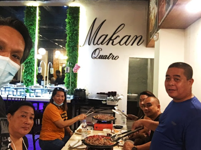 Makan Quatro. Across San Roque College de Cebu in Yati, Liloan