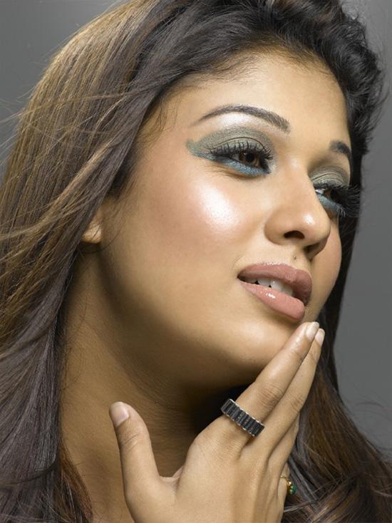 nayanthara-cute-smile-photos-10 6