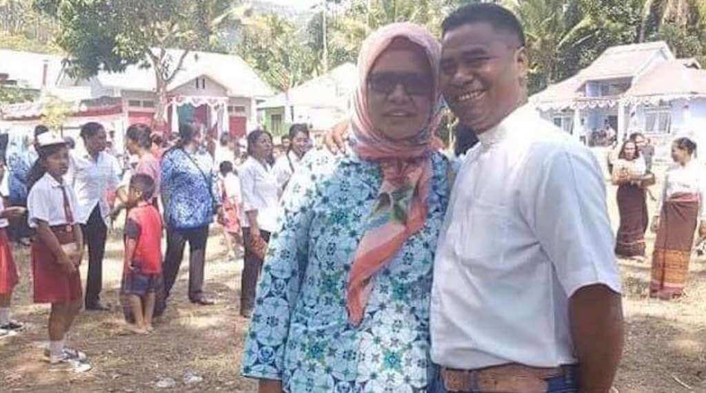 Tanteku Tanpa Gelar, Namun Dia Seorang Muslimah Soleha