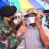 Kapendam XIV/HSN, Prajurit TNI Tak Lelah Ingatkan Masyarakat Tetap Taat Protokol Kesehatan