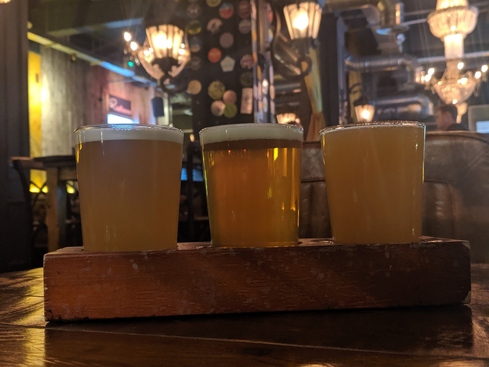 Where to go for cheap (but nice) drinks near Monument in Newcastle Upon Tyne - beeronomy beer flight