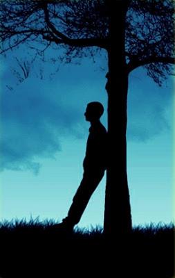 Perawat Absurd: Hal yang dilakukan Pria saat Patah Hati