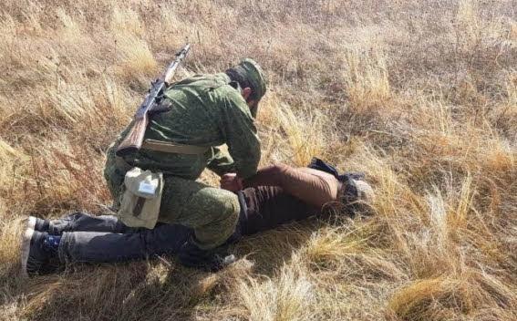6 ilegales en frontera Armenia con Turquía