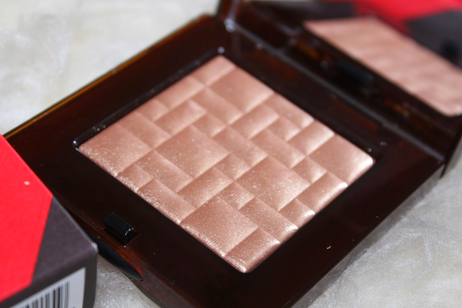 Highlighting Powder by Bobbi Brown Cosmetics #14