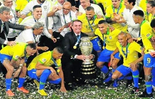 Bolsonaro não aceita recusa dos jogadores para participar da Copa América