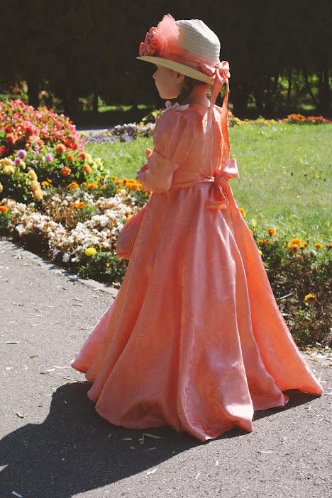 dziecięca suknia xix wiek