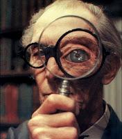 Peter Cushing en la escena de la librería de Top Secret