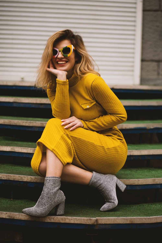 girl in midi dress