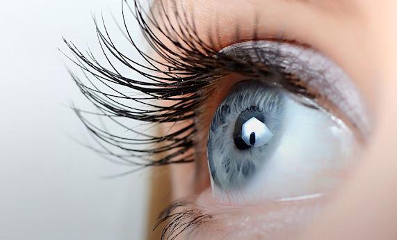 صورة تمثل عين بشرية