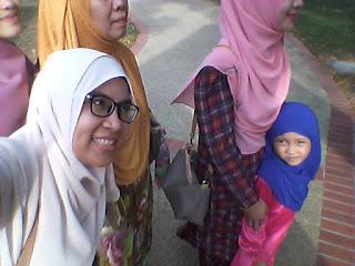 ^Riang Ria Raya Mama dan KhyraNaeem Di Lumut^